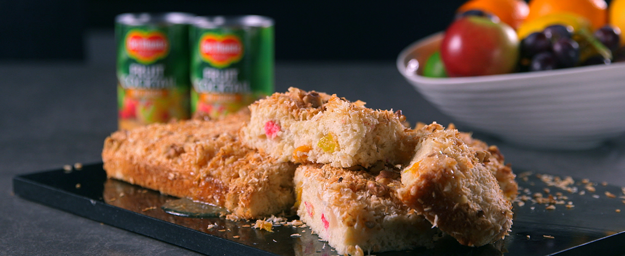 Del Monte Europe Recipes Fruit Cocktail Cake Bars